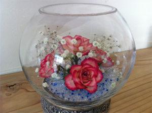 結婚式で使用したブーケの花を思い出の一品としてとっておけます